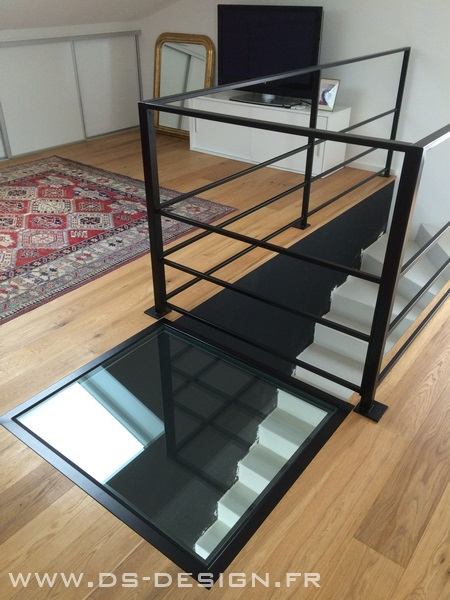 dalles et planchers de verre. Black Bedroom Furniture Sets. Home Design Ideas